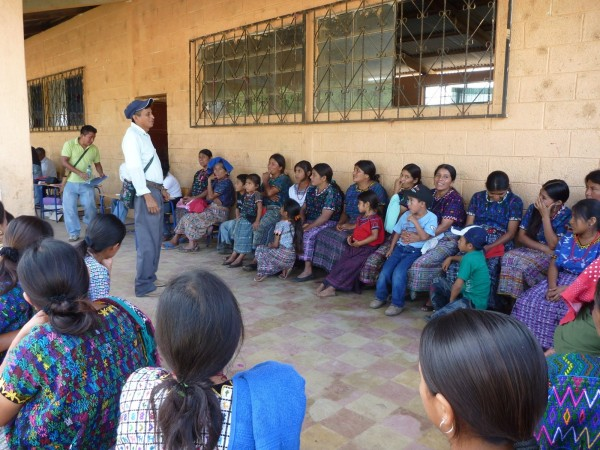 pastor david giving instructions to patients at Tempisque